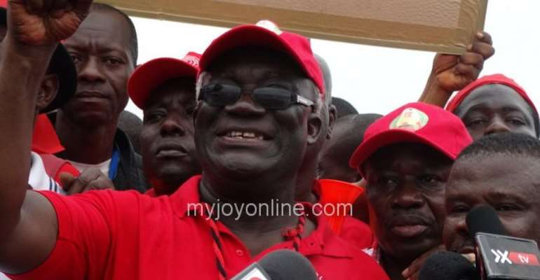 Gov't cannot generate revenue while industries collapse- TUC Boss