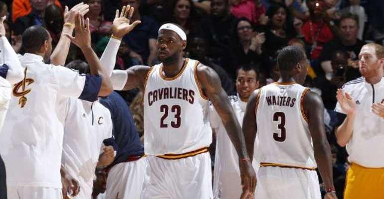 Magical LeBron: LeBron James returns, Cleveland Cavaliers win again
