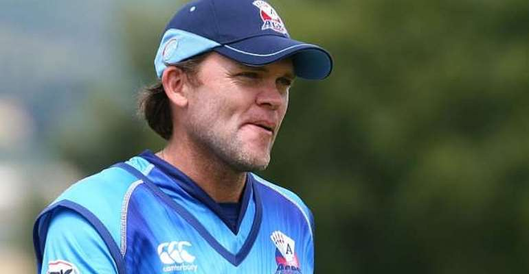 Lou Vincent given life ban for fixing