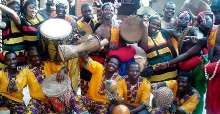 Amamere Dance Ensemble Rocks Ecuador