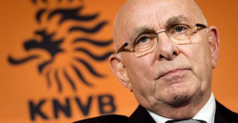 Out of contention: Van Praag out of FIFA presidential race