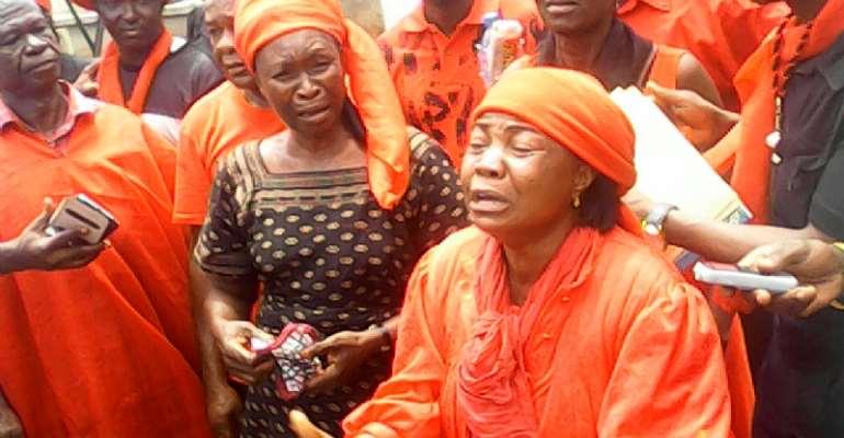 Traders Grow Wild In Kumasi Kejetia...As Demo Against Kojo Bonsu Records Massive Turn Out