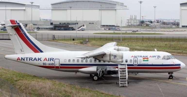 Passengers aboard Antrak Air flight escape death