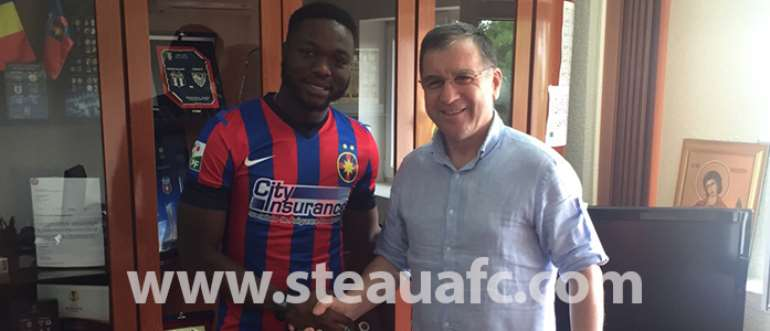 Muniru Sulley and Steaua Bucuresti club president.