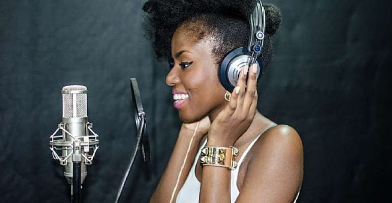 I Will Collaborate With Sarkodie At The Right Time---Mz Vee