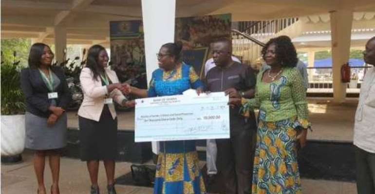 NLA donates towards Gender Ministry's vulnerable Package