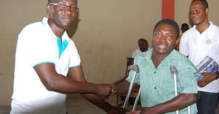 Offinso NSS donates to disabled, Deso community