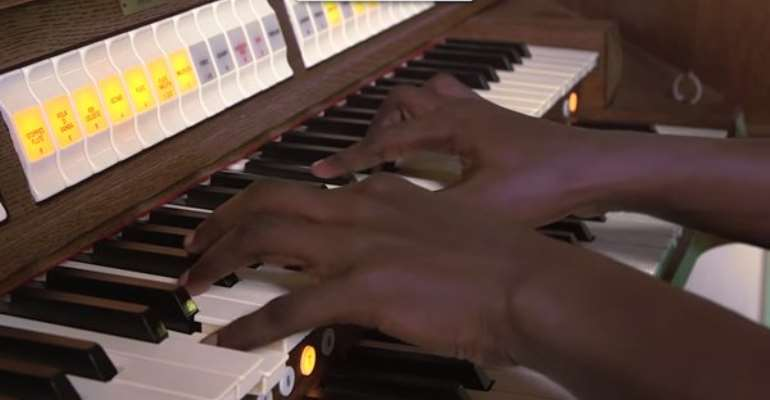 Mfantsipim Senior High School gets £90,000 organ
