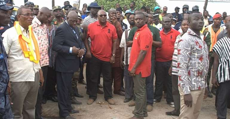 President Mahama orders 24-hour search on collapsed Melcom Shopping Mall