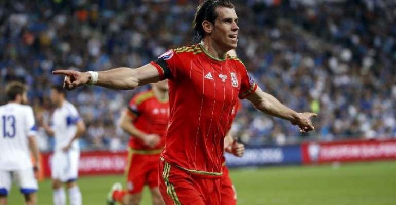 Gareth Bale brace helps Wales to stunning win in Israel
