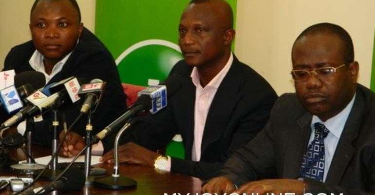 Ghana to keep Kwesi Appiah