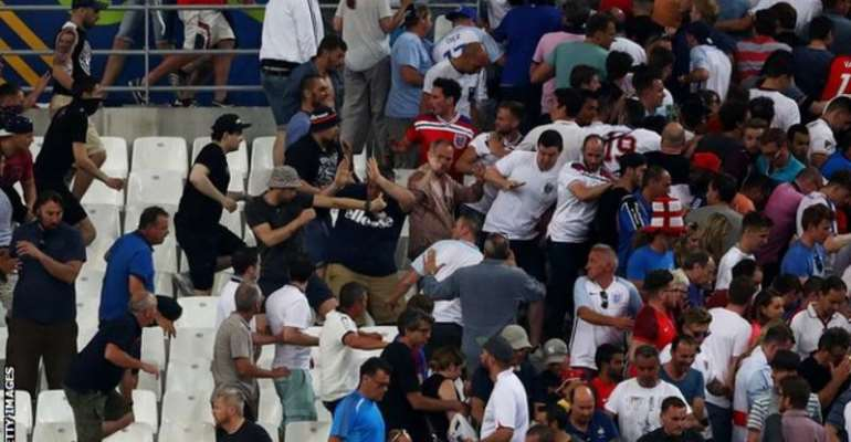 Euro 2016: Russia given suspended disqualification