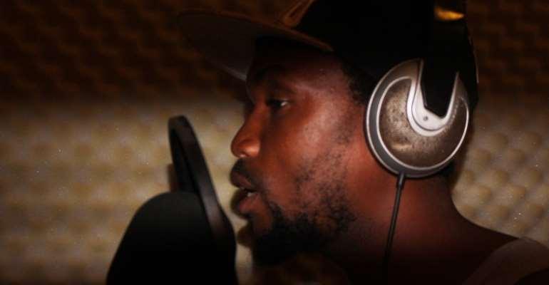 David Oscar Hits Studio To Pursue Music