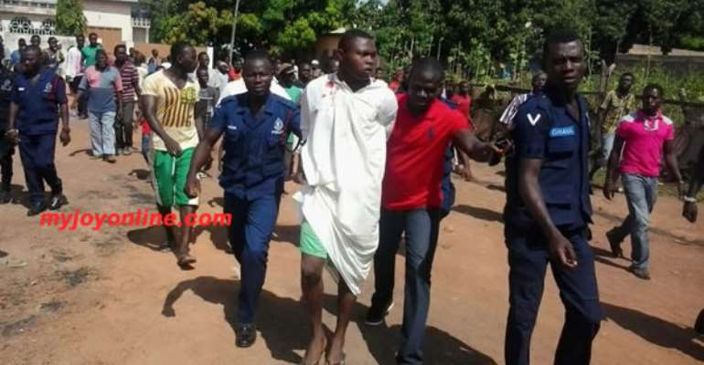 RE: Escapee suspected robber rearrested