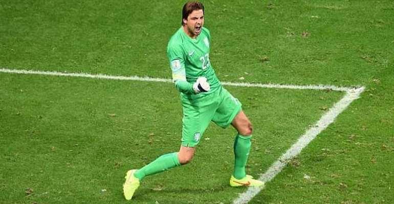 Netherland goalkeeper Tim Krul defends penalty shootout antics