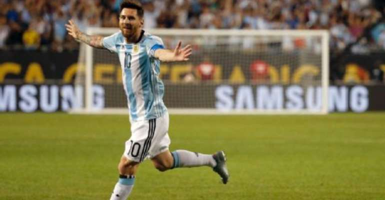 Lionel Messi scores hat trick off the bench in 5-0 win over Panama