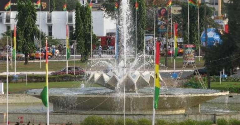 Kwame Nkrumah Circle goes quiet as Ghanaians mourn late President Mills