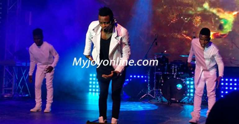 I'm sorry for selling your jewellery to do music - Diamond apologises to mum