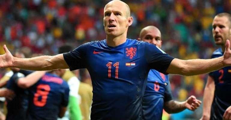 Ruthless Robben, Persie humiliate Spain