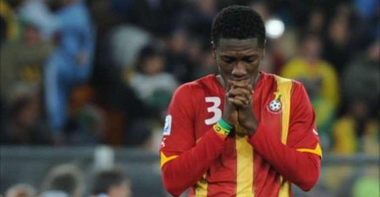 Asamoah Gyan misses