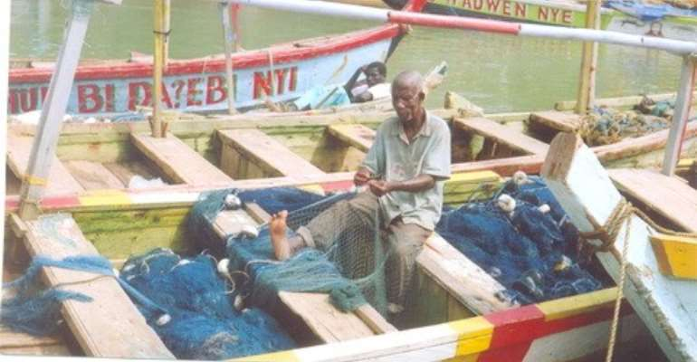 Fishermen swear oath against illegal fishing methods
