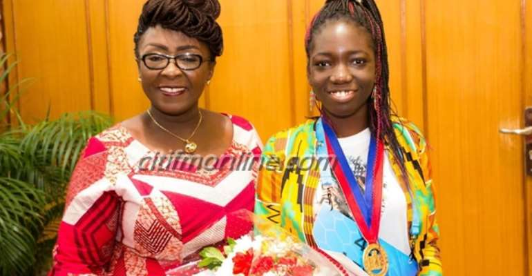 Gov't commends 14-year old spelling bee finalist [Photos]