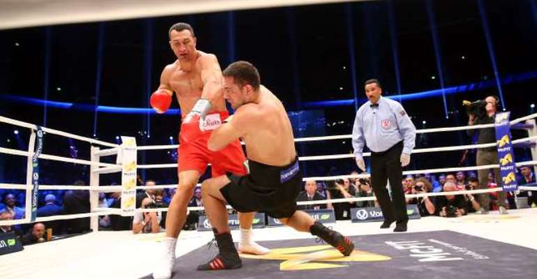 Wladimir Klitschko storms to 17th straight title defence against Kubrat Pulev