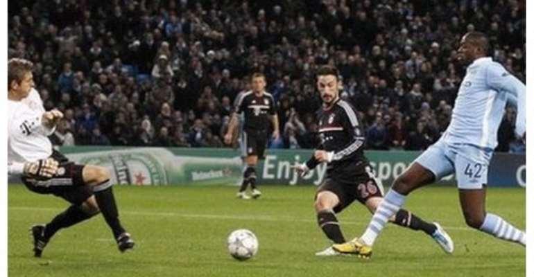Yaya Toure's cool finish put Manchester City 2-0 up