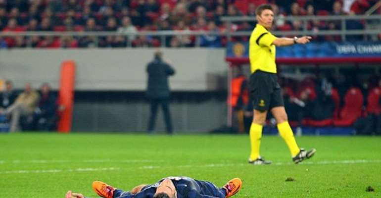 Video: Moyes woes continues: Olympiacos 2-0 Man United