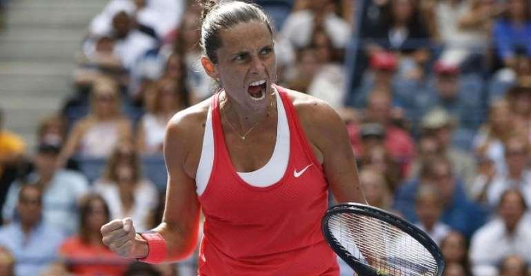 Inspired Roberta Vinci stuns Serena Williams to set up all-Italian final