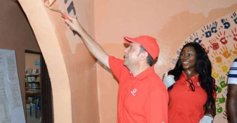 Vodafone Foundation raises CSR Bar with Employee Volunteerism projects