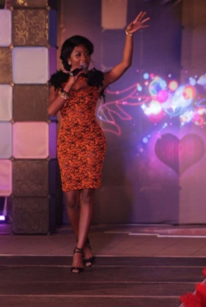 Efya Thrills Audience At Cine Afrik Night Out – Valentine Special
