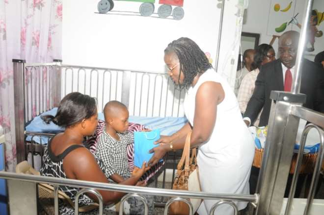 Second Lady Donates Assorted Items To Childrens Hospital