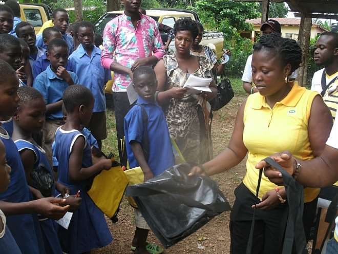 MTN Donates Made In Ghana Bags To School Pupils
