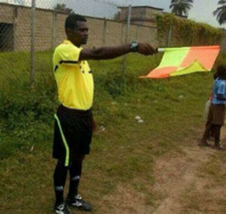 SHOCKING! A Ghanaian linesman was killed after being attacked by fans during a second division match