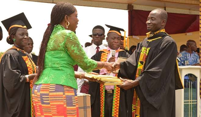 Stratcomm Boss Encourages  Komenda College Graduates To Do The Impossible