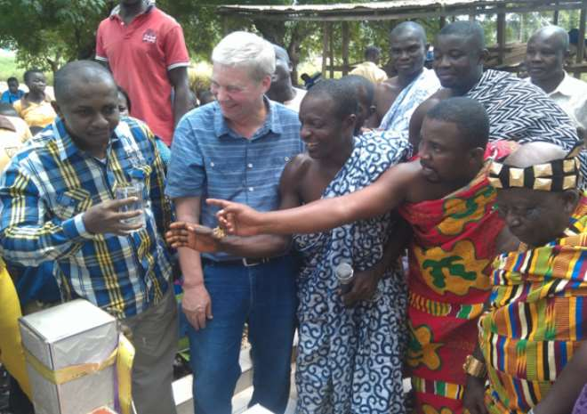Adum Kwanwomahene Commissions Mechanized Water System