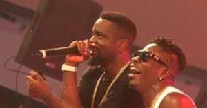 """See Trending Snapshots Of Sarkodie &Shatta Before The """"diss"""" Song"""