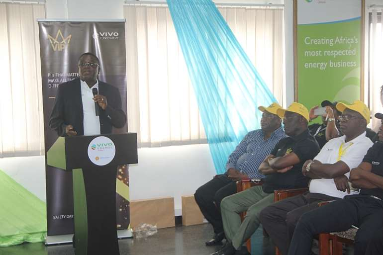 1012201712125 the managing director of vivo energy ghana mr ebenezer faulkner addressing participants at the safety day event