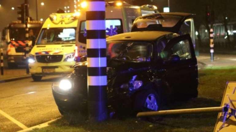 1017201910038-0g730m4yxs-aguero-amsterdam-accident