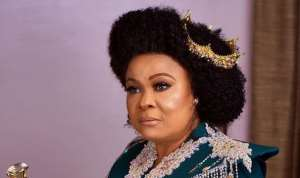 Nollywood Actress, Sola Sobowale Looking Regal in Outfit