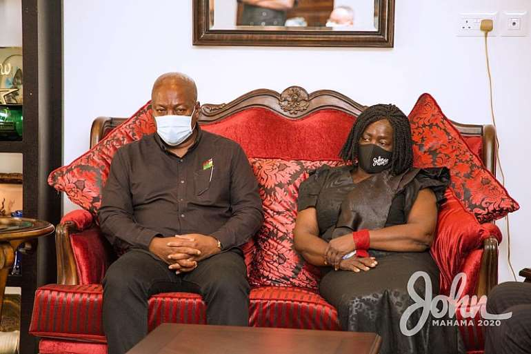 1113202073609-1j041p5ccw-john-mahama-calls-on-late-rawlings-family-5.jpeg