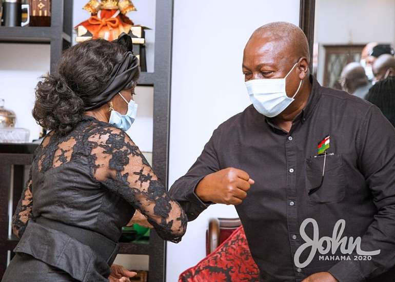1113202073611-i4dp266gfa-john-mahama-calls-on-late-rawlings-family-2.jpeg