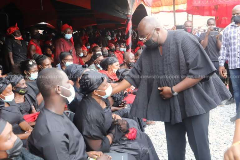 1128202040604-m6itl8w331-akufo-addo-bawumia-join-mourners-at-funeral-of-late-mfansteman-mp0