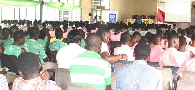 1129201850128 j5fqi7t2g0 emmanuel osaequansah addressing cross section of the students