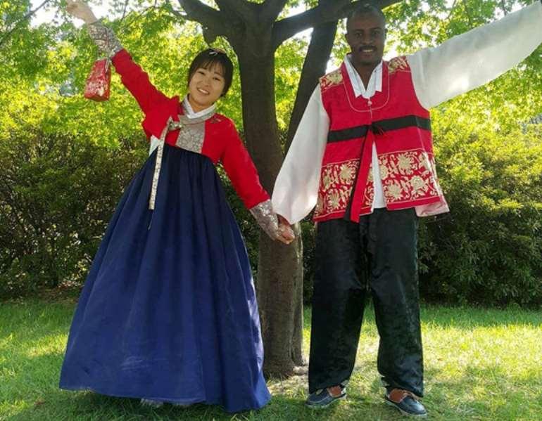 "PHOTO: Korean Traditional dress ""Hanbok"" with Kim Songyee."