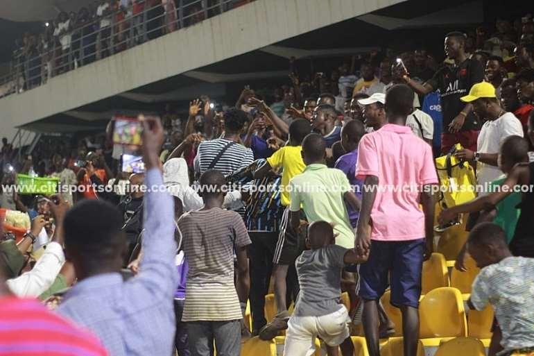 116202092936-8ds2wjivup-kwesi-arthur-performing-at-accra-sports-stadium-legon-cities-2