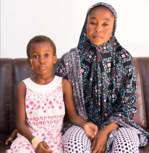 Little Muhsina and her mother