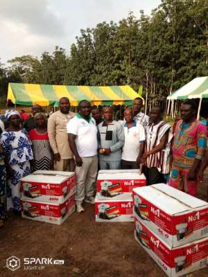 Jomoro MP Donates Knapsack Spraying Machines to Cocoa Farmers