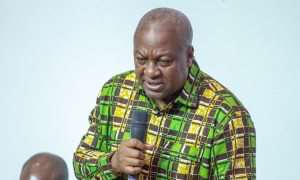 Mahama Accuses Nana Addo of Running a Family and Friends Gov't